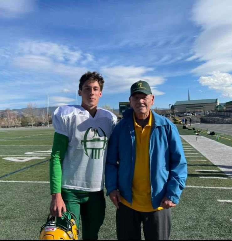 Blast from the past: Bishop Manogue's first quarterback returns to his old school